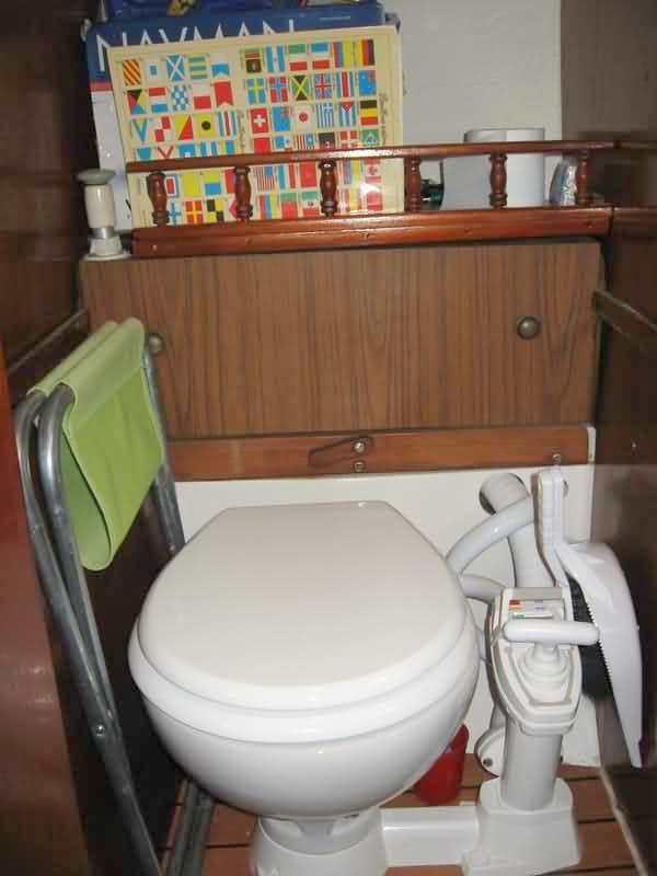 lems boat vendre 20000 uros 06 88 81 38 98. Black Bedroom Furniture Sets. Home Design Ideas
